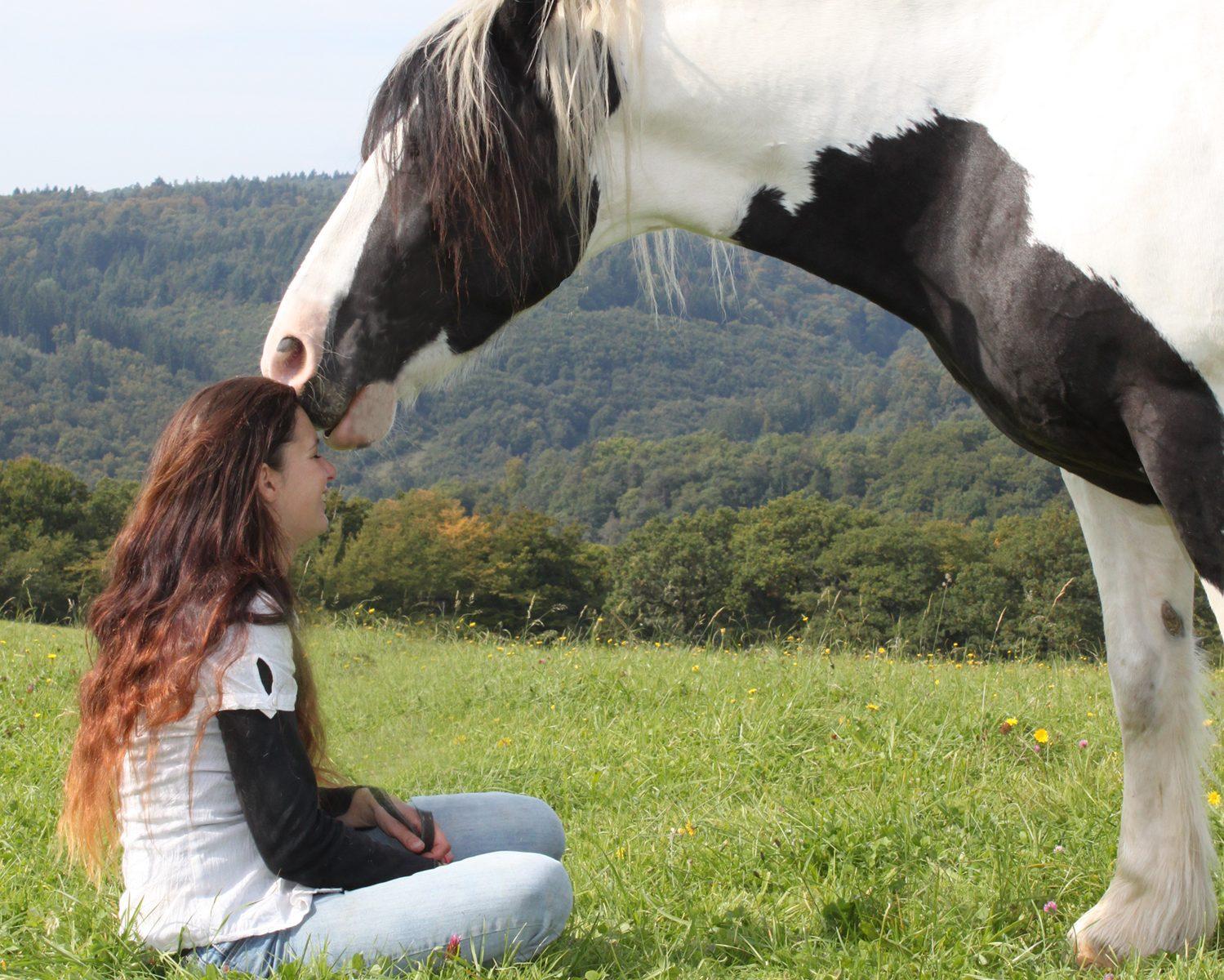 Daniela Fuchs mit ihrem Pferd Luke